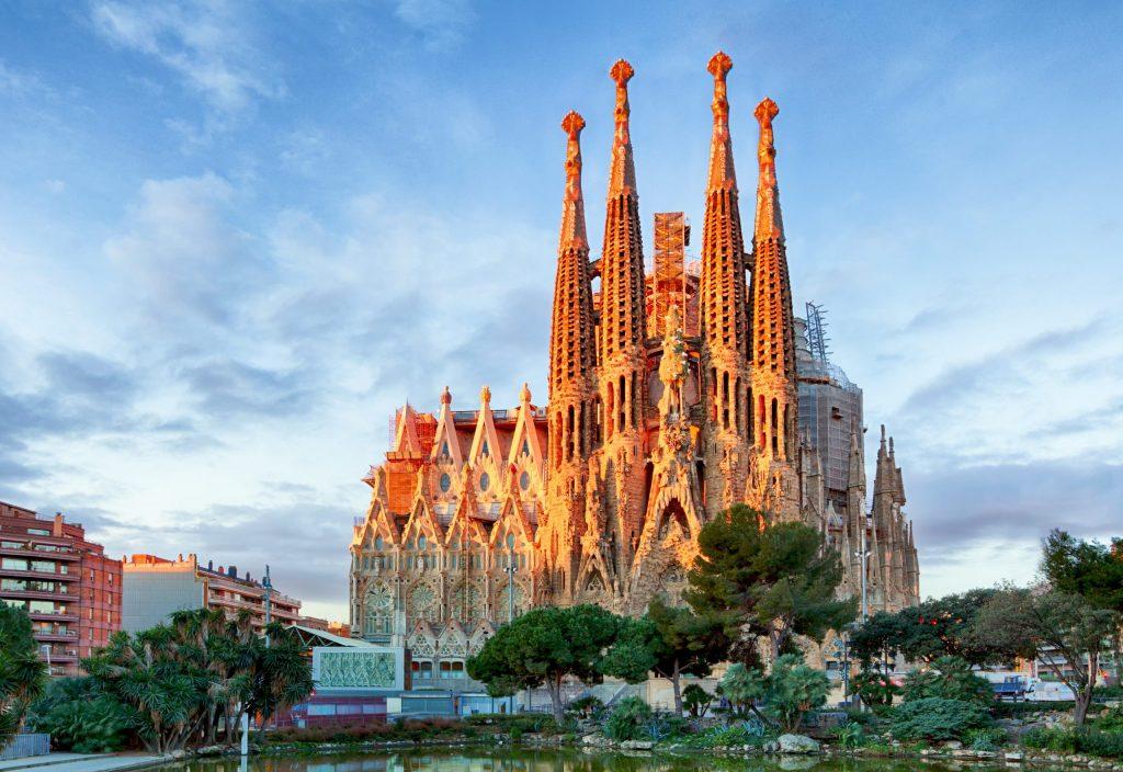 Get your Majorel Career Passport to Barcelona